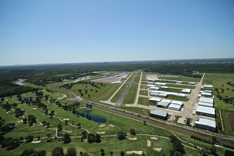 General Aviation Airport | West Houston Texas | Aircraft Rental